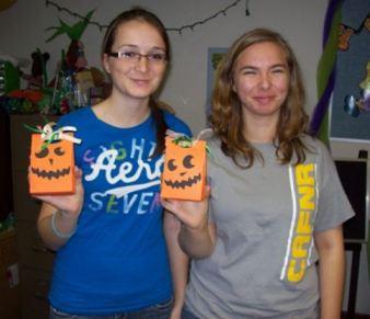 Halloween crafts at Garden City